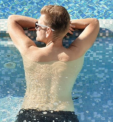 sunbathing protect